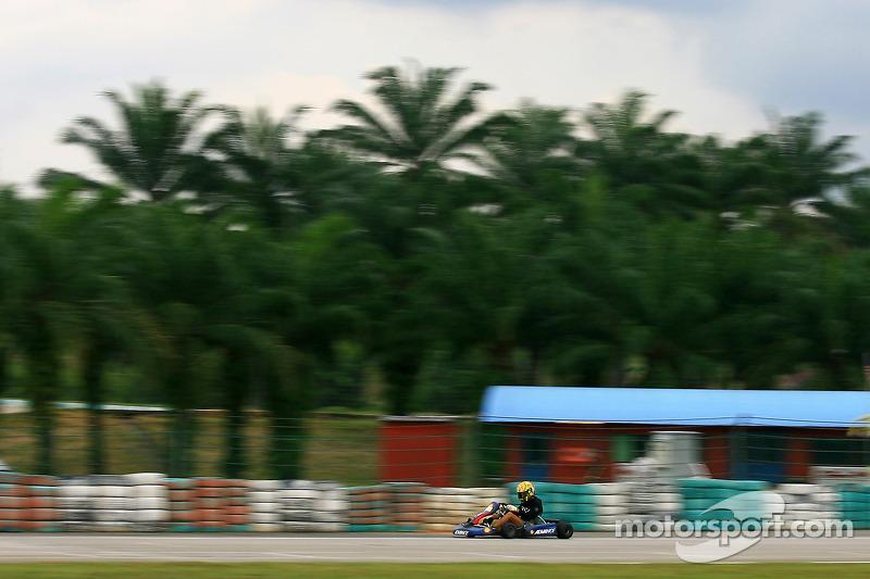 Pre-event go-kart: Valentino Rossi