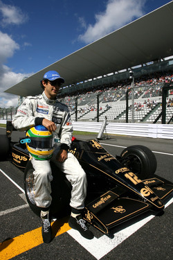 Bruno Senna, Hispania Racing F1 Team drives the 1986 Lotus Renault Turbo of Ayrton Senna