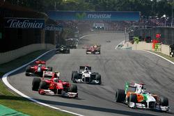 Adrian Sutil, Force India F1 Team and Fernando Alonso, Scuderia Ferrari