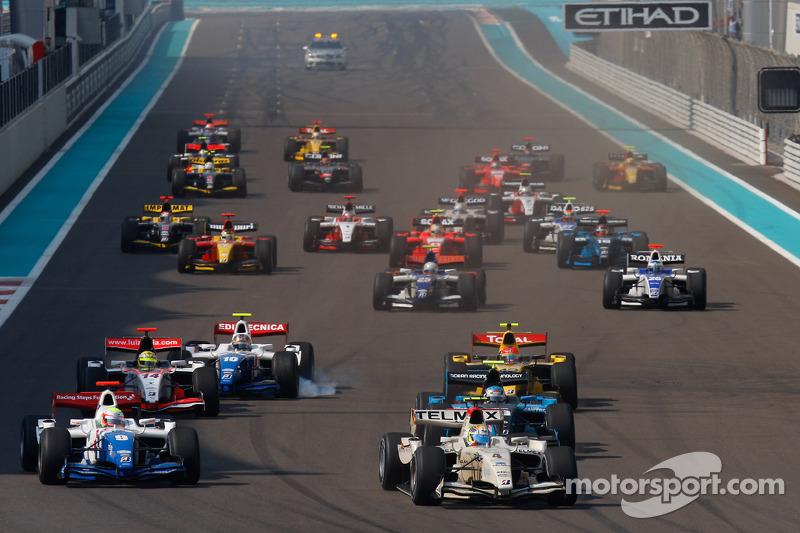 Sergio Perez aan de leiding