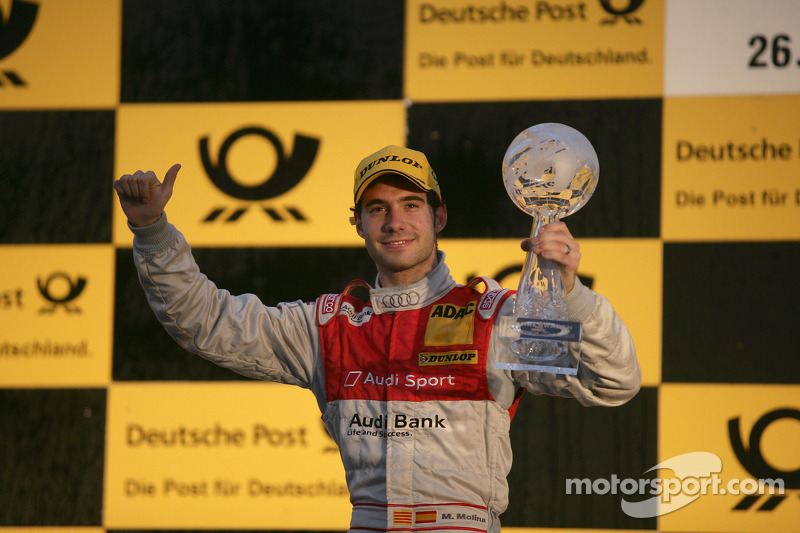 Podium: rookie of the year Miguel Molina, Audi Sport Rookie Team Abt