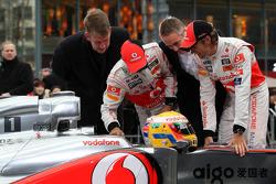 Презентация McLaren MP4-26