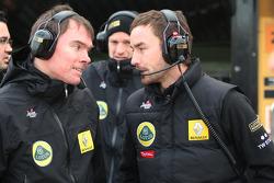 Lotus Renault GP engineers