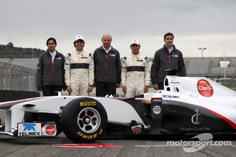 Monisha Kaltenborn, Managing director Sauber F1 Team, Sergio Perez, Sauber F1 Team, Peter Sauber, Sauber F1 Team, Team Principal, Kamui Kobayashi, Sauber F1 Team, James Key, Technical Director, Sauber F1 Team