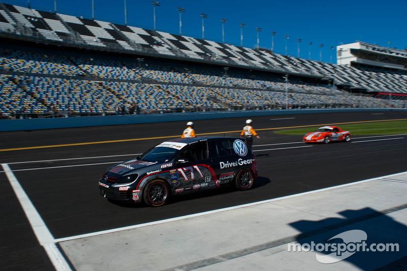 #171 APR Motorsport VW GTI: Ryan Ellis, Ian Bass