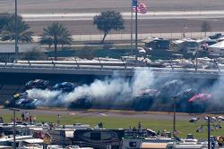 Multi-car crash in turn 2