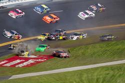 Multi-car crash in turn 4