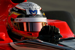 Jerome d'Ambrosio, Virgin Racing uses the new Bell helmet with the carbon part on top of the visor, new 2011 FIA helmet regulation