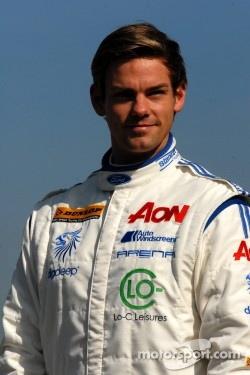 Tom Chilton, Team Aon