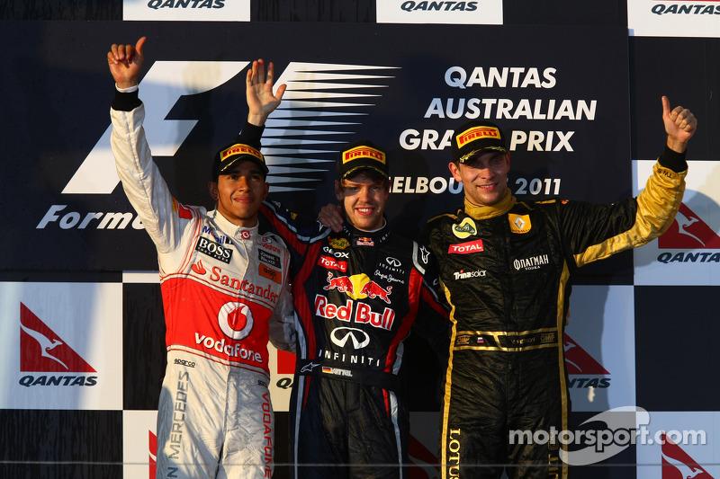 2011. Подіум: 1. Себастьян Феттель, Red Bull Renault. 2. Льюіс Хемілтон, McLaren Mercedes. 3. Віталій Петров, Renault