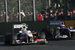 Sergio Perez, Sauber F1 Team and Rubens Barrichello, Williams F1 Team