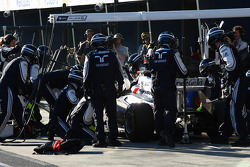 Rubens Barrichello, AT&T Williams pit stop
