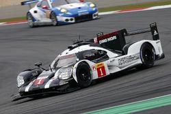 #1 Porsche Team Porsche 919 Hybrid: Тімо Бернхард, Марк Вебер, Брендон Хартлі