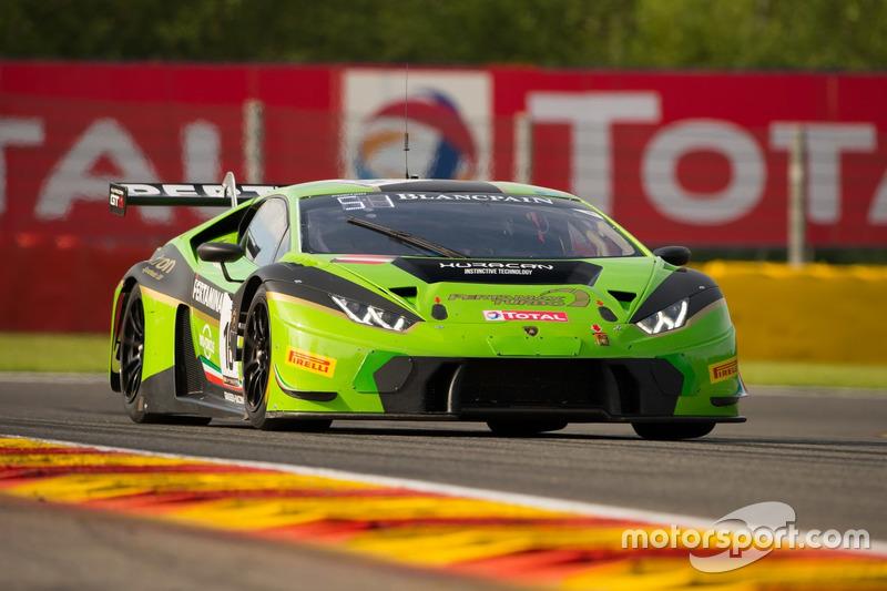 Ook Jeroen Bleekemolen kwam in actie met een Lamborghini Huracan GT3
