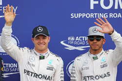 Polesitter Nico Rosberg, Mercedes AMG F1, second place Lewis Hamilton, Mercedes AMG F1
