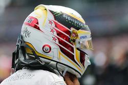 Льюис Хэмилтон, Mercedes AMG F1 W07 Hybrid на стартовой решетке