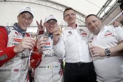Les vainqueurs Kris Meeke, Paul Nagle, Citroën DS3 WRC, Abu Dhabi Total World Rally Team