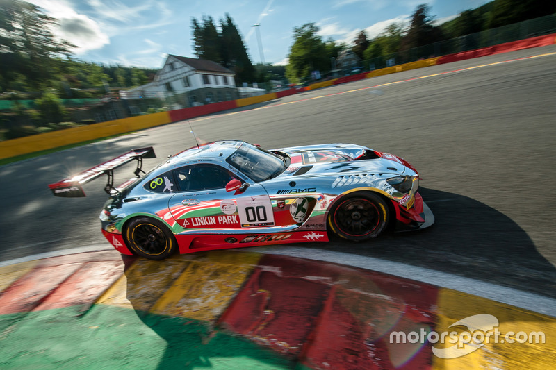 Shiny Linkin Park livery voor #00 Mercedes AMG-GT3 met o.a. Yelmer Buurman