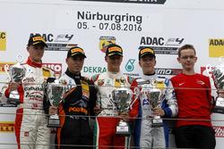 Podium: Sieger Mick Schumacher, Prema Powerteam; 2. Joseph Mawson, Van Amersfoort Racing; 3. Mike David Ortmann, Mücke Motorsport; bester Rookie Nicklas Nielsen, Neuhauser Racing