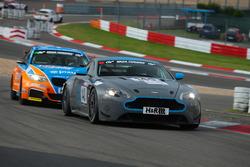 Andreas Dr. Bänziger, Florian Kamelger, Aston Martin Vantage V8