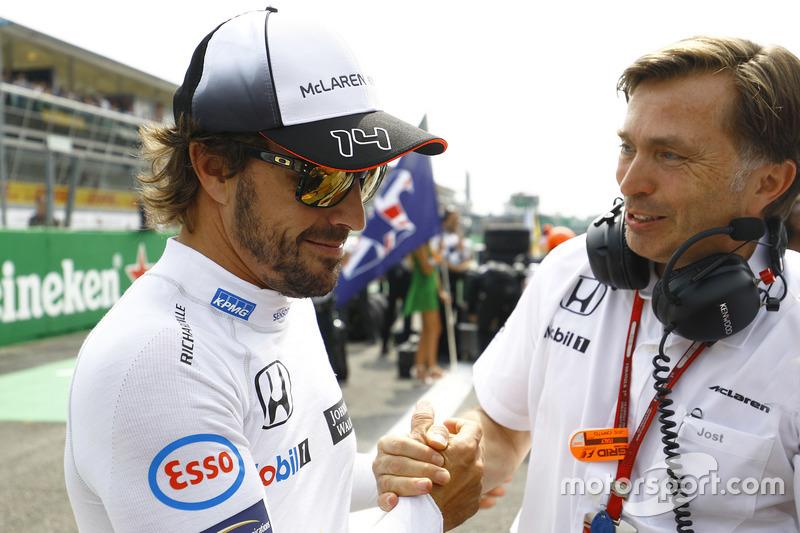 Фернандо Алонсо, McLaren, виконавчий директор McLaren Йост Капіто