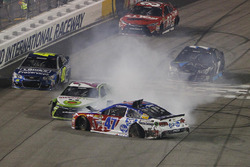 Crash: A.J. Allmendinger, JTG Daugherty Racing, Chevrolet