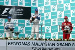 Podium: Sieger Ralf Schumacher, Williams; 2. Juan Pablo Montoya, Williams; 3. Michael Schumacher, Ferrari