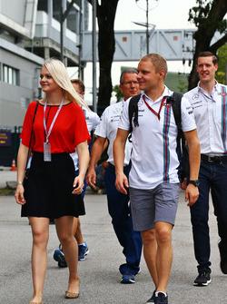 Valtteri Bottas, Williams mit seiner Frau Emilia Bottas