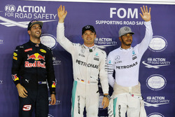 Qualifying top three in parc ferme (L to R): Daniel Ricciardo, Red Bull Racing, second; Nico Rosberg, Mercedes AMG F1, pole position; Lewis Hamilton, Mercedes AMG F1, third