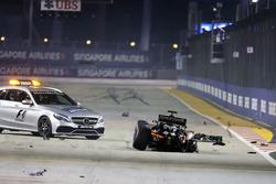 Nico Hulkenberg, Sahara Force India F1 VJM09 ile yarışın startında kaza yapıyor