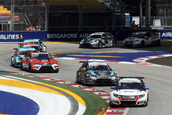 Mikhail Grachev, Honda Civic TCR , WestCoast Racing; Dusan Borkovic, Seat Leon, B3 Racing Team Hungary and James Nash, Seat Leon Team Craft-Bamboo LUKOIL