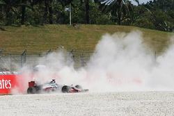 Romain Grosjean, Haas F1 Team VF-16, contraint à l'abandon