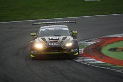 #34 TF Sport Aston Martin Vantage GT3: Salih Yoluc, Euan Hankey