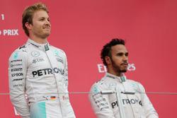 Nico Rosberg, Mercedes AMG F1 Team; Lewis Hamilton, Mercedes AMG F1 Team