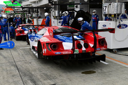 #67 Ford Chip Ganassi Racing Team UK Ford GT: Andy Priaulx, Harry Tincknell