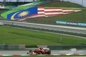 Hamilton and Alonso penalised after the Malaysian GP