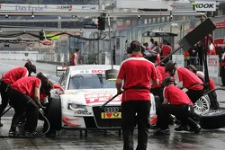 Pitstop for Timo Scheider, Audi Sport Team Abt, Audi A4 DTM