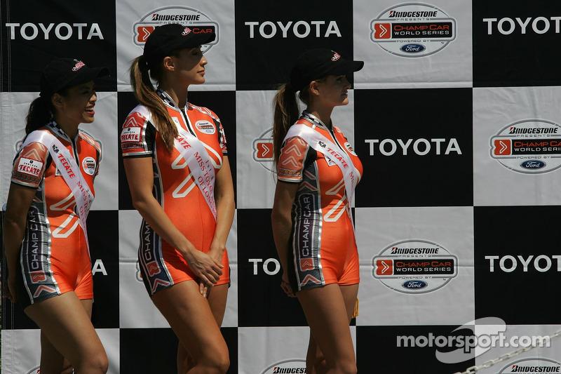 Les jeunes femmes Champ Car