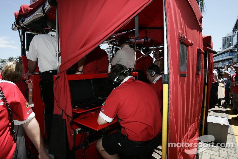 Pit box de PKV Racing