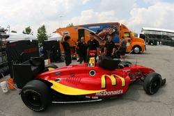 Newman/Haas/Lanigan Racing car of Sébastien Bourdais at refuel station