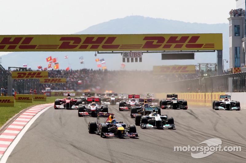 Start: Sebastian Vettel, Red Bull Racing, führt