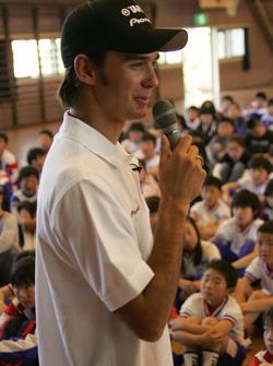 Darren Manning visits a school