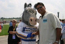 NFL Hall of Famer Anthony Munoz with Kentucky Speedway mascot Horse Power