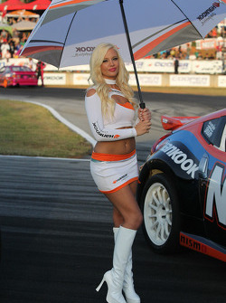 Lovely Hankook Umbrella Girl