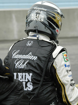 Andretti team member waits
