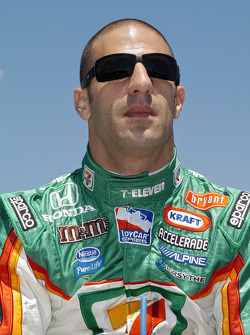 Tony Kanaan can not wait to start the race