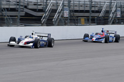Marco Andretti drafts behind Buddy Rice