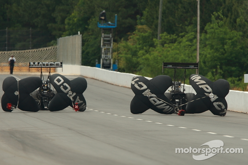 Antron Brown takes round three to head to the finals