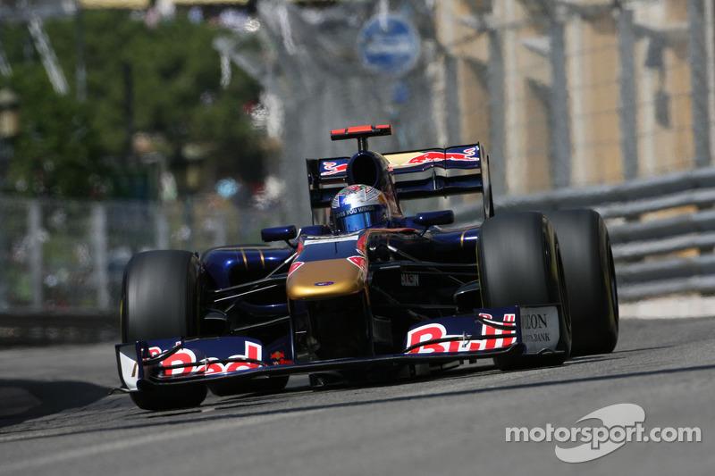 2011 : Toro Rosso STR6