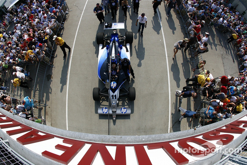Car of Davey Hamilton, Dreyer & Reinbold Racing